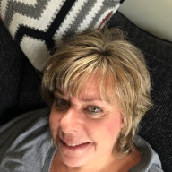 Attractive lady over 50 from Tarrant County, Texas